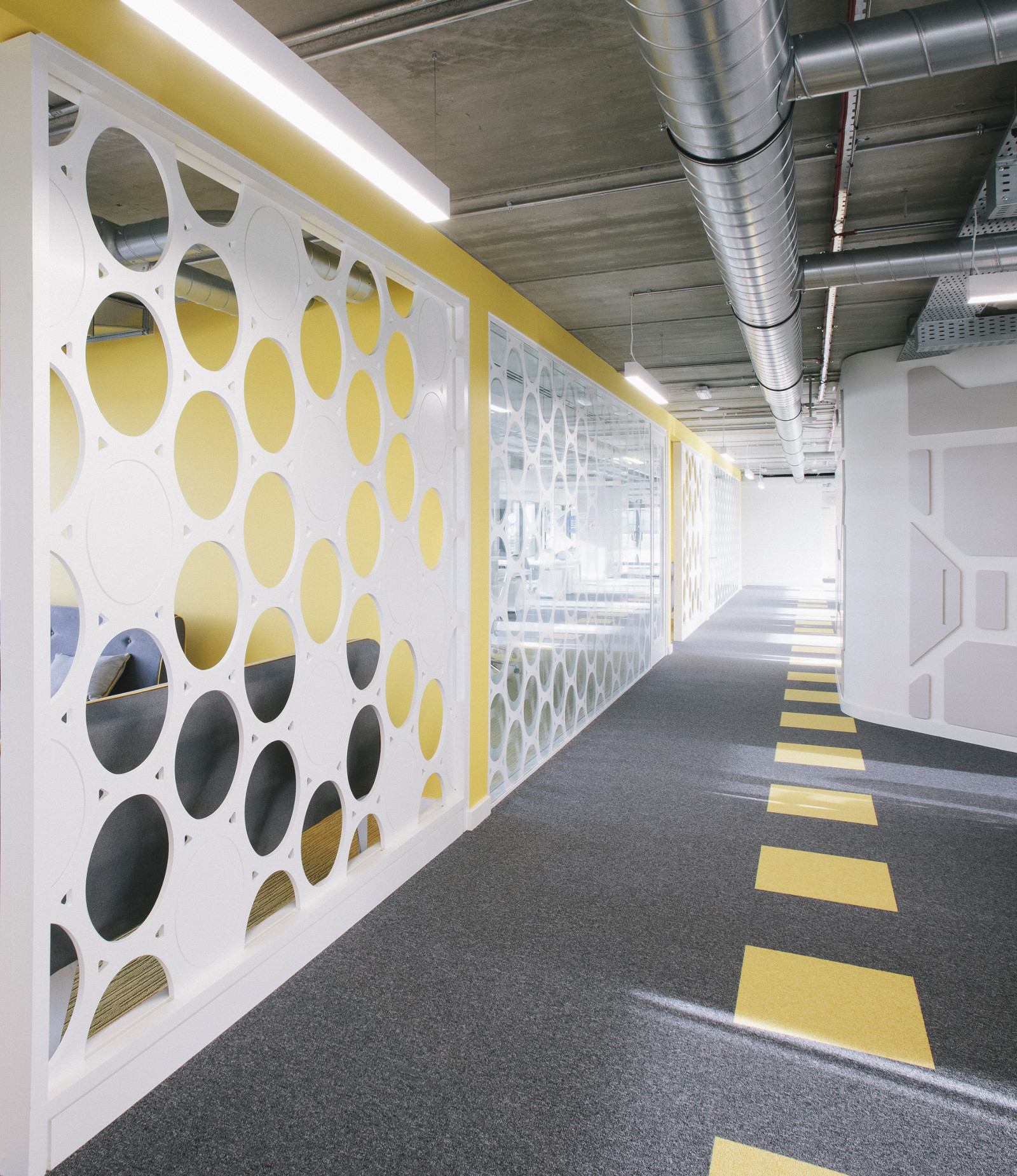 Office Fitout-Vistamed-Corridor and Breakout